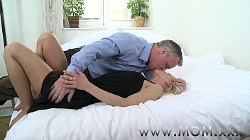 Small tits moms gallery - Mom blonde milf gets a good fucking