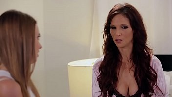 Teach Me Mom How To Be A Lesbian! # Syren De Mer And Jill Kassidy