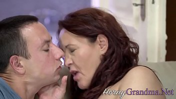 Red headed mature - Fingered gilf gives head