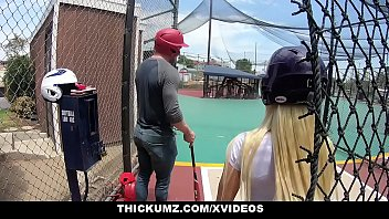 Thickumz - Big Booty Blonde's First Time At The Park thumbnail