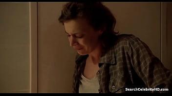 Celine Sallette - Les Revenants S01E02 (2012) 35秒