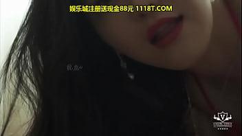 纯涩劲爆网红超诱惑视频写真摄影师王涛VIP专场刘钰儿脱下性感