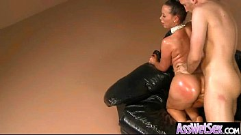 Hot Girl With Huge Boorty Get Nailed In Her Behind vid-26
