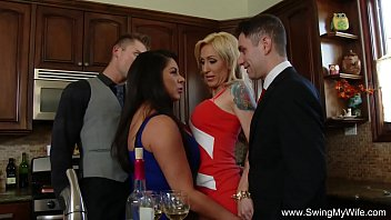 Hot wifes orgy - Swingers group sex orgy couples