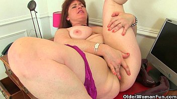 Hairy indian older woman - British milf janey works her hairy pussy