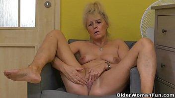 Euro granny Koko rubs her old cunt video