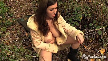 Lovely Amateur Amber Masturbates Outdoors  - 69VClub.Com