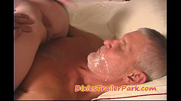 Man eating cum from pussy The milf daughter, daddy and the cream pie eating