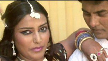 Super Hot Indian Song - Sadak Se Sansad Tak.FLV video
