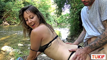 French MILF Emmanuelle fucked in the nature