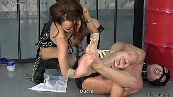Japanese Femdom Strapon Pegging and Anal Fisting