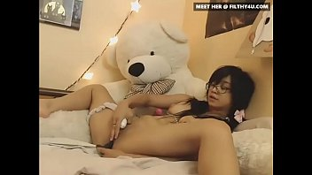 Drop-Dead Gorgeous Asian hotchick25 From Hotdate.pw Masturbating on Cam