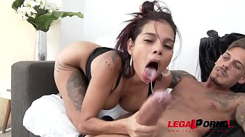 Mila Garcia first anal with Chris Diamond SZ2215 porno izle