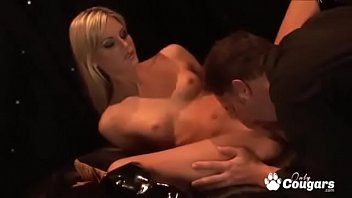 Flexible Courtney Simpson Does The Splits While Getting Nailed