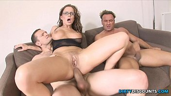 Cindy fulsom does hardcore - Dped babe gets facialized