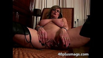 Clit piercings photos Big pierced pussy toy fucking