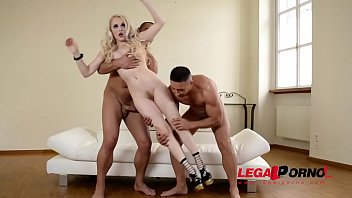 Human BDSM Sex Doll Lola Taylor's Hairy Pink Banged And Filled By Two Studs GP113 38秒