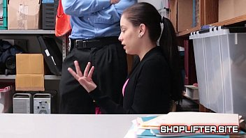 Case Number 4785652 Shoplyfter Bobbi Dylan Blackmailed By Officer