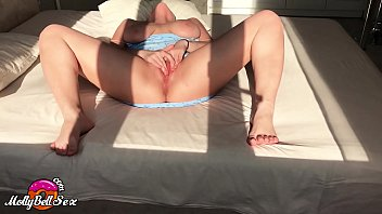 Busty Teen Masturbate Pussy and Cum Before an Important Meeting