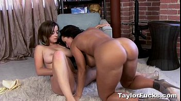 First Time With Lisa Ann 6 min