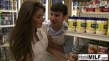 Brunette hottie fucks her coworker in the stock room porno izle