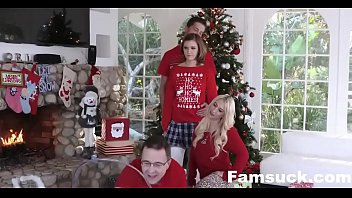 Step-Sis Fucked Me During Family Cristmas Picture