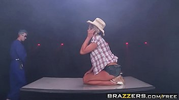 Brazzers - Big Butts Like It Big - Stick It In My Big Country Ass scene starring Nikki Sexx and Dann