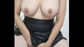 Busty milf with rich pussy masturbating