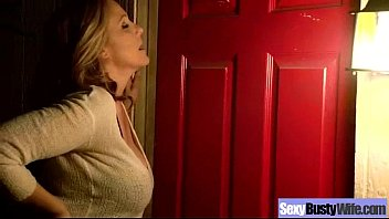 Ann hatheway sex tape Mature lady julia ann with big melon tits on sex tape movie-18