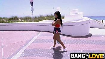 Brazilian Alina Belle Bounces On the Bus thumbnail