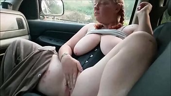 Chubby Girlfriend Masturbating And Sucking Cock In The Car porno izle