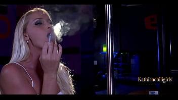 My SUPER HOT SMOKING BLOWJOB! KathiaNobiliGirls 10 sec