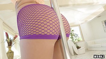 No Man Can Resist Layla Price's Phat Juicy Bootie