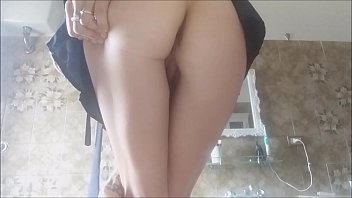 WONDERFUL! SEXY TOILET INCIDENT! this schoolgirl loves to pee! white socks and short skirt. spy her!