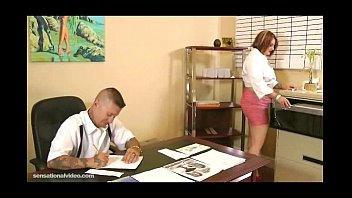 Chubby Secretary Fucks Her Dirty Boss On Desk In Office