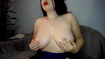 Big titts mumifications and boobs fuck with big toy!