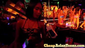 Barfining an Angeles City GoGo Dancer
