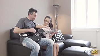 Guitar lick lover - Old4k. curious teen makes closer acquaintance with mature guitarist