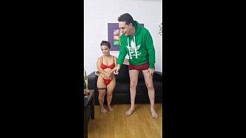 Dwarf Sara One: strange midget porn with Andrea Dipre porno izle