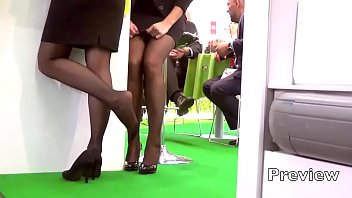Candid pantyhose flash - Champions of candid hostess shoeplay part 321