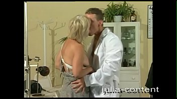 At The Doctor Housewife Mona Is Fucked