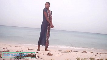 Nahomy Pissing On The Beach In Public