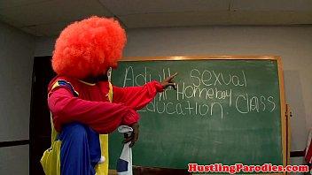 Latina blows clown 6 min