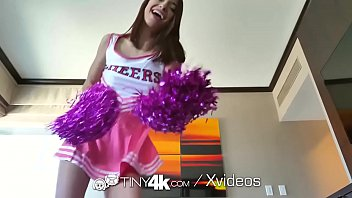 Cheerleader Fucked After 4pm Detention thumbnail