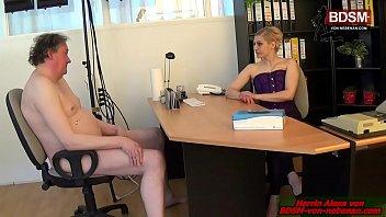 Dominante Boese deutsche Cheffin - german BDSM fedom milf latex