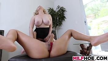 Huge Tits Stepmom Shows Them Everything 8 min