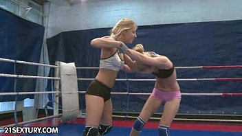 Courtney thorne smith porn Nudefightclub presents nataly von vs nikky thorne