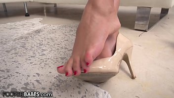 FootsieBabes I Can't Stop Fantasizing About My BF Licking My Toes thumbnail