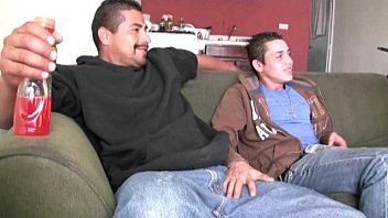 Hot Straight Latino Guys Mengisap Verga Besar Yang Belum Dipotong Dan Bercinta Mentah