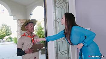 Super Hot Mature Ariella Ferrera takes Young Boy on his Safari Fantasy 5 min
